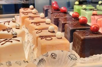 Traktatiegebak appel - kaneel, campagne of chocolade - kers *