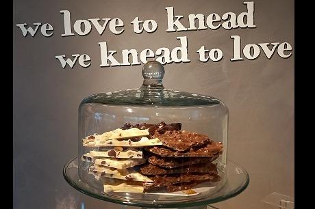 Breekchocolade per 100 gram- Puur Hazelnoot