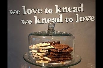 Breekchocolade per 100 gram- Melk Hazelnoot