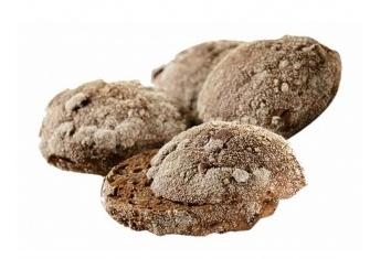 Gildekornbolletje Bruin Tarwe rozijnenbolletje met noten.